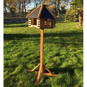 Maison à oiseaux Chalet sur pied à construire bois Epicéa FSC