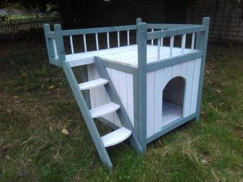 Niche à chien iroquois avec balcon